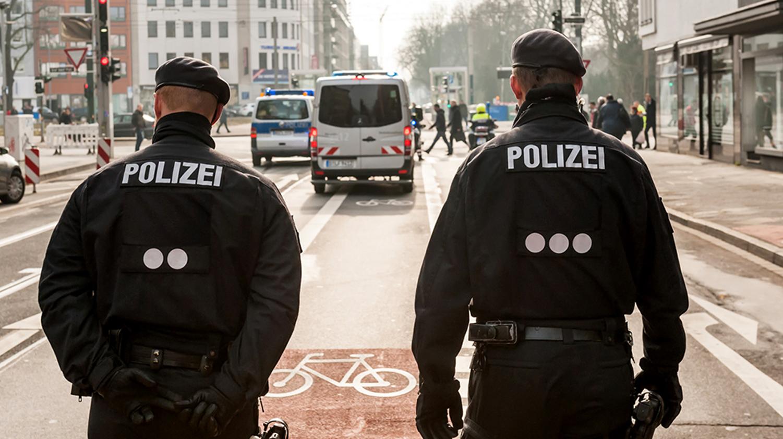 sicher gutes geld verdienen gehalt polizei berlin mittlerer dienst